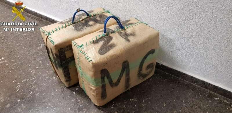 Bolsas de hachís encontradas.- EPDA