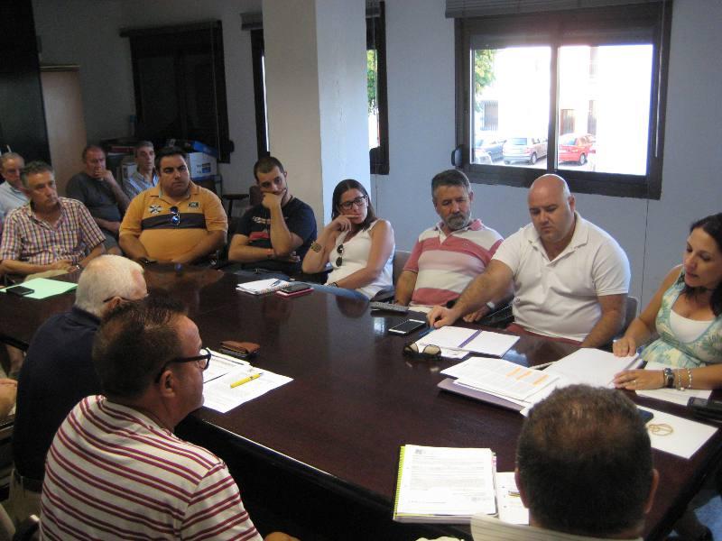Un momento del pleno de constitución de la Mancomunidad de La Baronia. EPDA