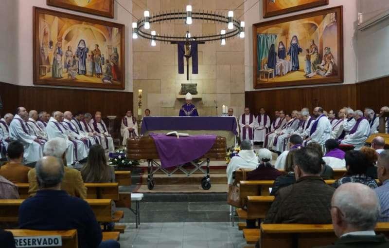 El funeral fue presidido por el obispo de Segorbe-Castellón