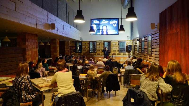 Monologos en Bioparc Café
