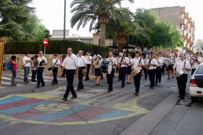 La Banda de Soneja desfilando en un encuentro anterior