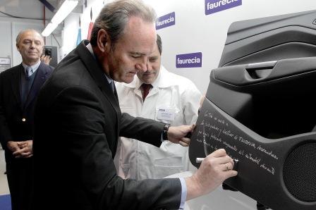 Fobra visita las instalaciones de Ford en Almussafes. Foto EPDA