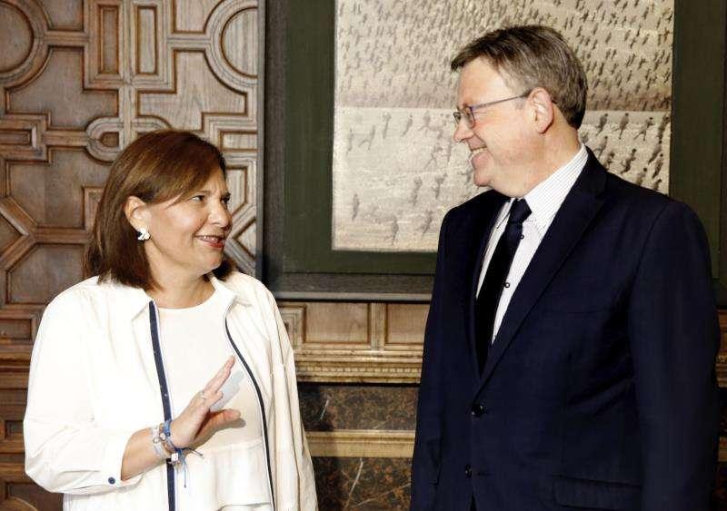 El president de la Generalitat, Ximo Puig, y la presidenta del PPCV, Isabel Bonig, en un encuentro. EFE/Archivo