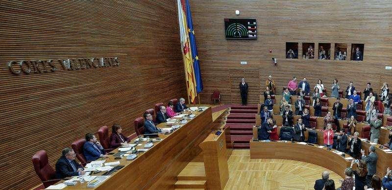 Reunión del pleno de Les Corts Valencianes. EFE/Archivo