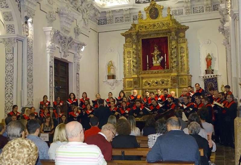 Actuación del coro universitario Sant Yago en Santa Ana