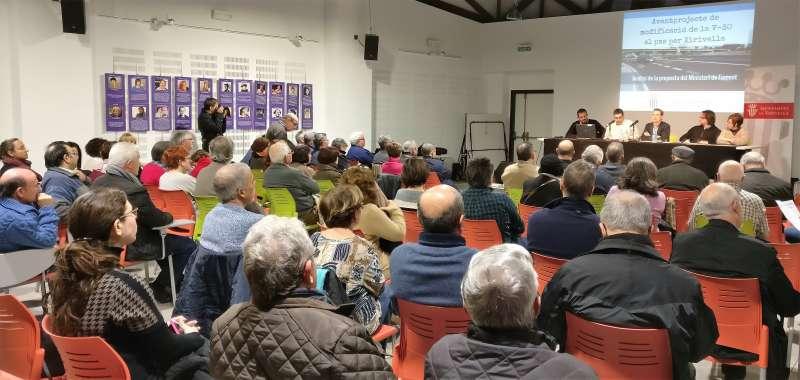 Reunió amb els ciutadans de Xirivella sobre la V-30. Foto EPDA