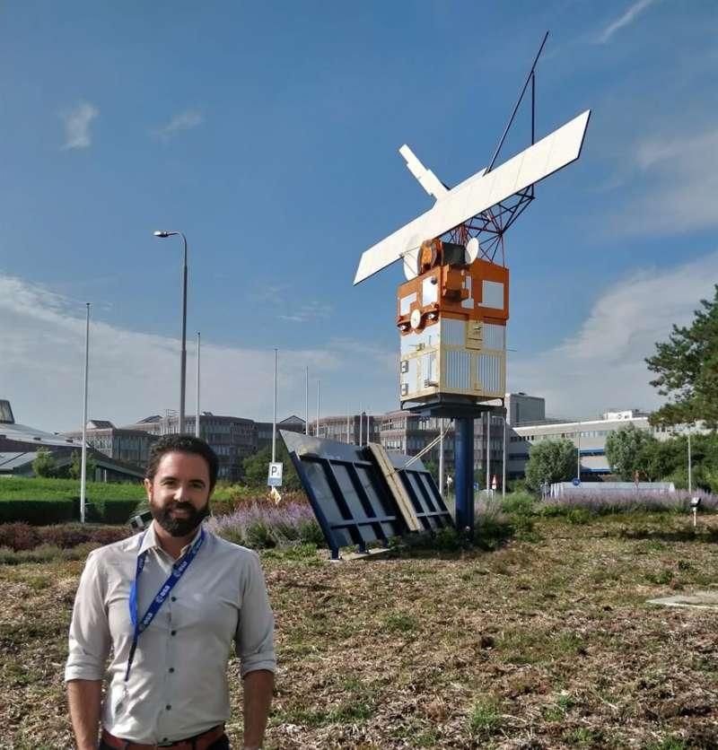 Imagen cedida por la UPV de Iván Herrero, doctor en Matemáticas por la UPV, y su proyecto desarrollado en colaboración con la Agencia Espacial Europea (ESA). EFE
