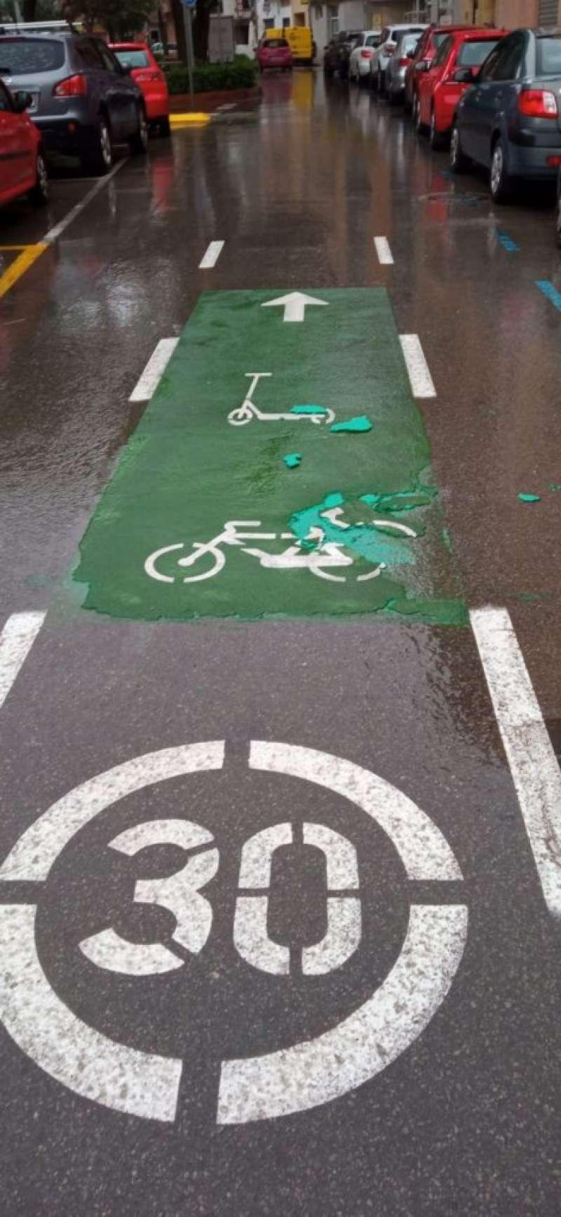 Detalle carril bici