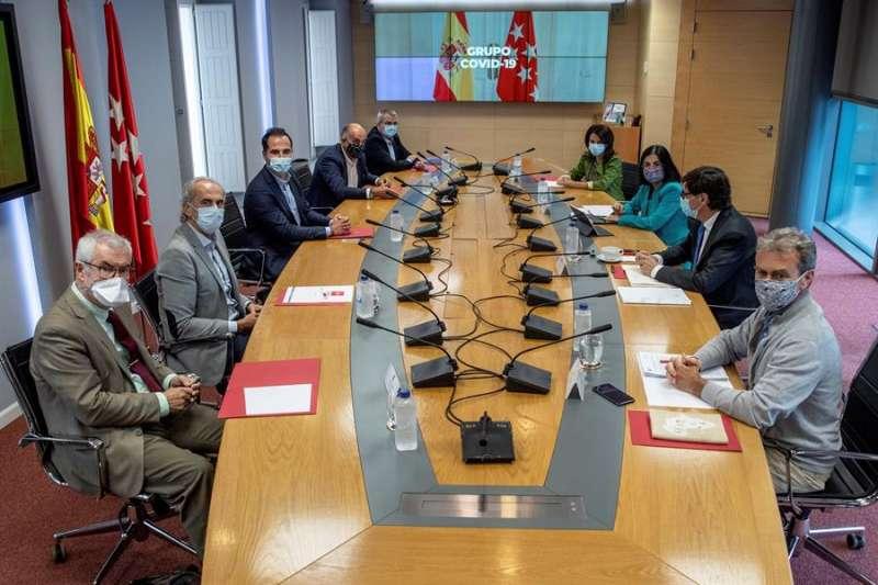 La reunión del grupo de trabajo Covid-19 hoy en Madrid. EFE/Rodrigo Jiménez