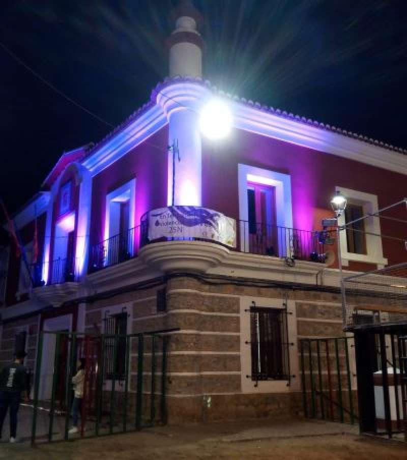 Ayuntamiento de Teresa con el color dominante