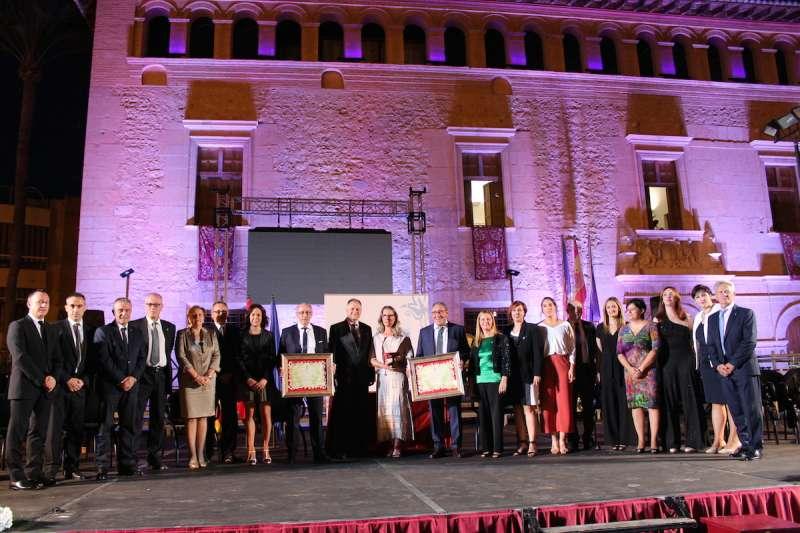 Foto família dels premiats