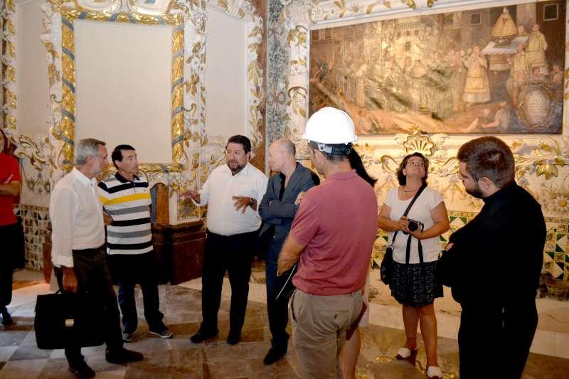 El presidente Moliner visito el camarín de la Virgen del Niño Perdido