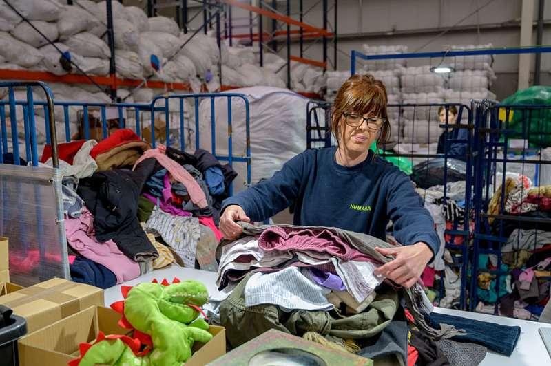 Clasificación de la ropa recogida. EPDA