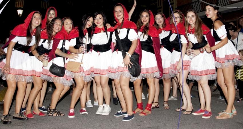Disfraces en las fiestas de Albuixech. EPDA
