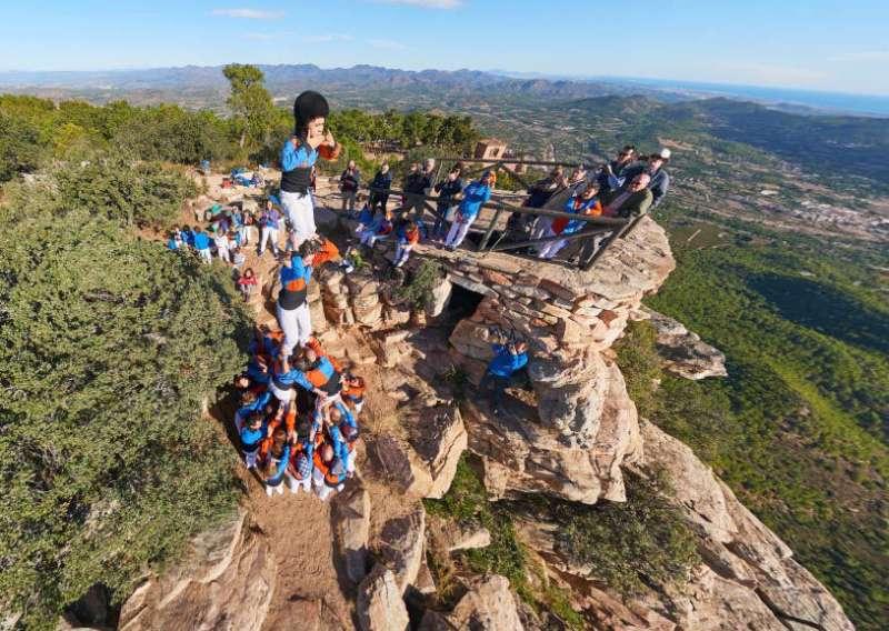 Torreta de la Muixeranga La Torrentina al cim del Garbí. Foto: PANORÁMICAS AÉREAS