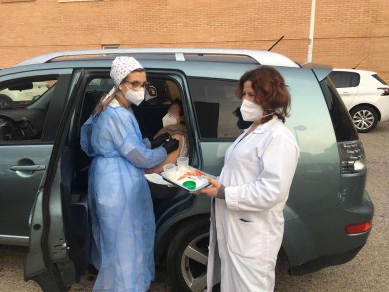 Vacunación a mayores de 90 años en Alboraya. EPDA