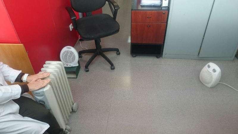 Calefactores en el centro de salud de Massanassa. EPDA