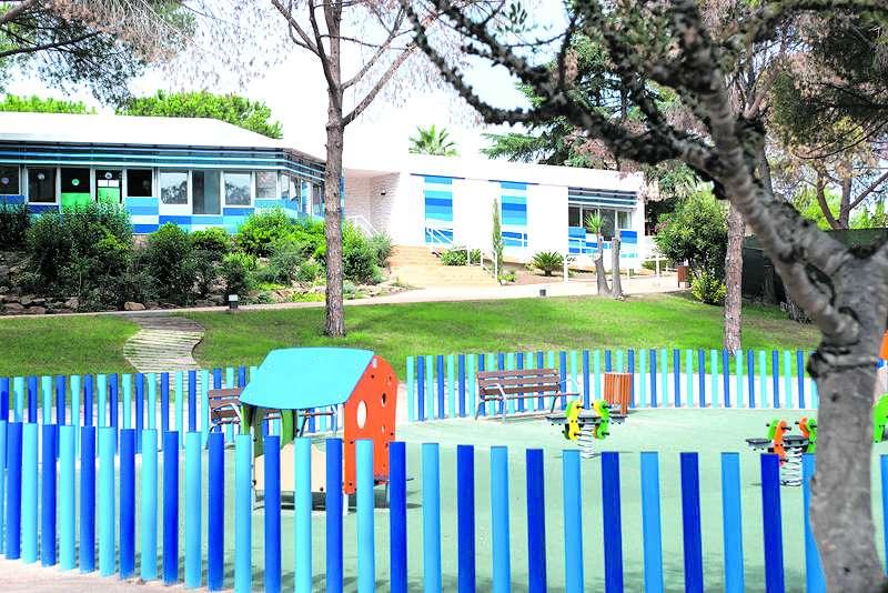 Zona exterior de la escuela Xicotets. / EPDA