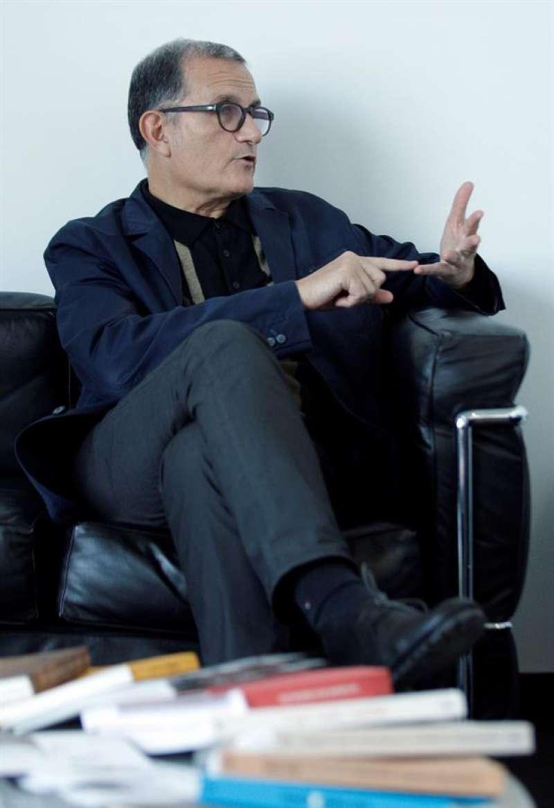 El director del Instituto Valenciano de Arte Moderno (IVAM), José Miguel Cortés, en una imagen de archivo. EFE