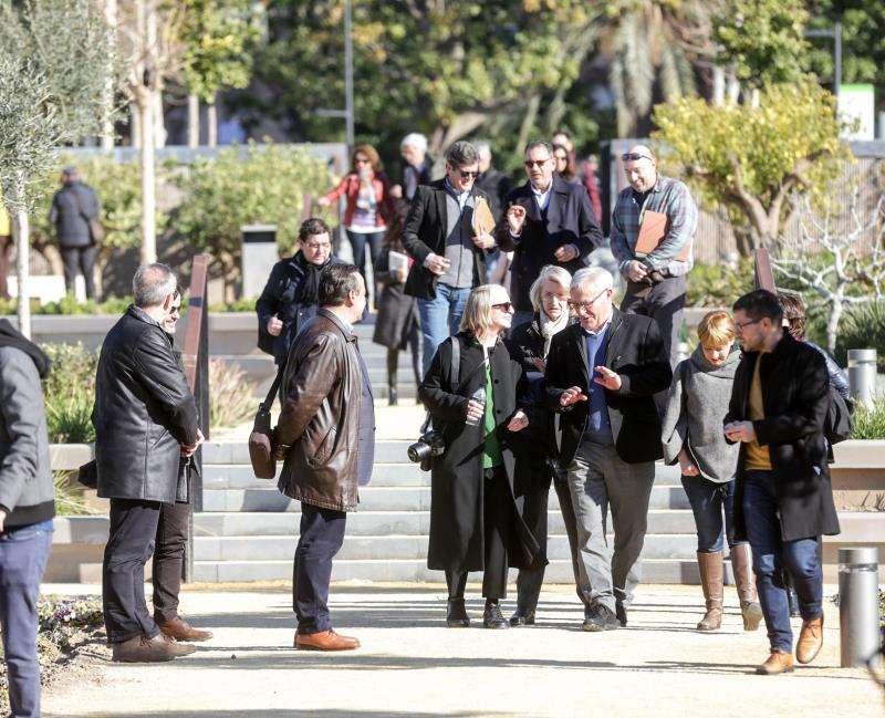 Karthryn Gustafson en su visita al Parque central de València. EFE/Ayuntamiento