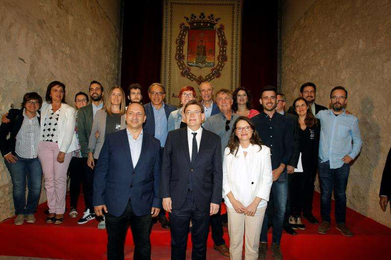 Ximo Puig junto a Mónica Oltra y Rubén Martínez Dalmau. EFE