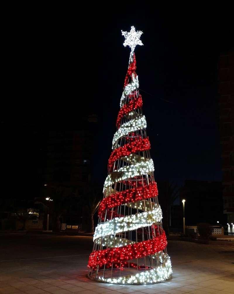 Decoración navideña de Oropesa del Mar / EPDA