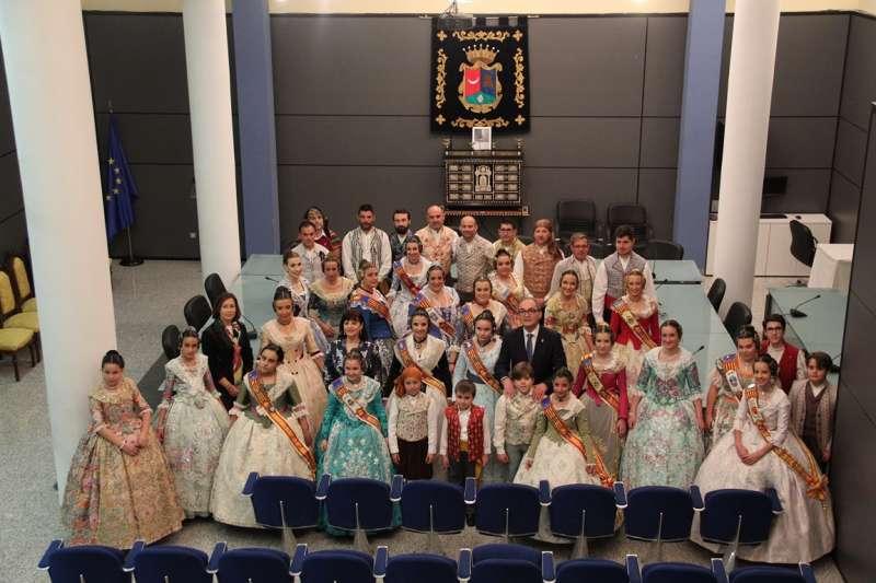 Foto de familia del acto de la Crida. / EPDA