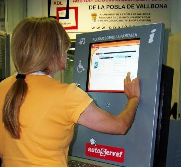 Autoservef de la Pobla de Vallbona. Foto EPDA