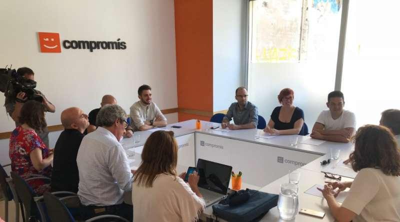 Un moment de la reunió. FOTO COMPROMIS.NET