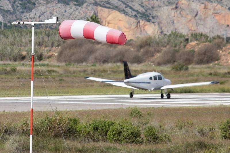 En la imagen, la manga de viento en un aeroclub en Castellón. EFE/Archivo