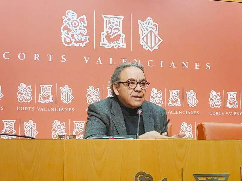 El síndic socialista en Les Corts Valencianes, Manolo Mata