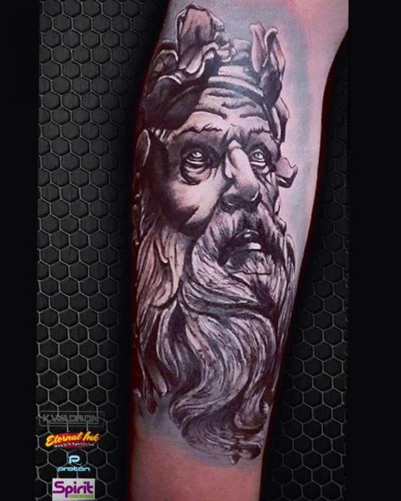 Tatuaje de BolumART