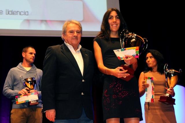 Alfonso Rus entregó los premios de las categorías absolutas. FOTO: DIVAL