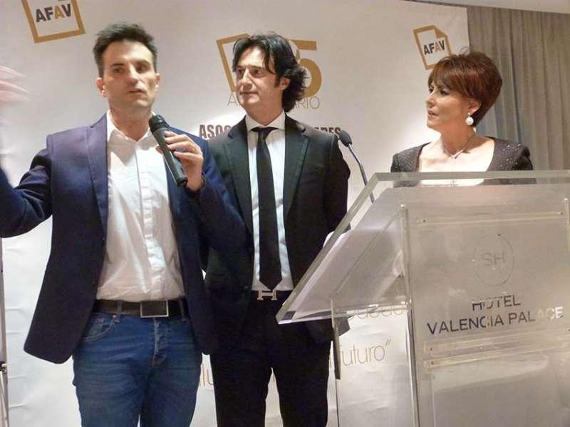 Poty, Radoreda y Soriano en la presentación. FOTO EPDA