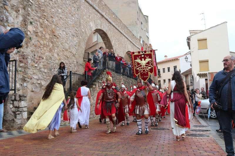 Desfile por las murallas