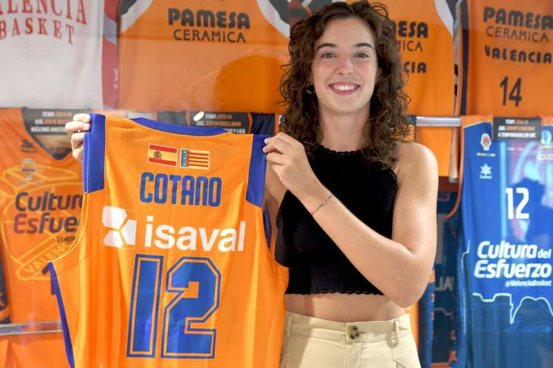 Rebeca Cotano. Foto Valencia Basket