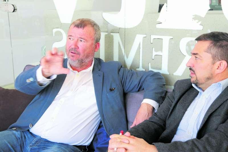 Francesc Fernández, durante la entrevista en El Periódico de Aquí. EPDA