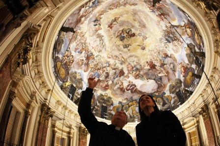 Mª José Catalá visita el Museo Mariano de la Virgen de los Desamparados. Foto EPDA