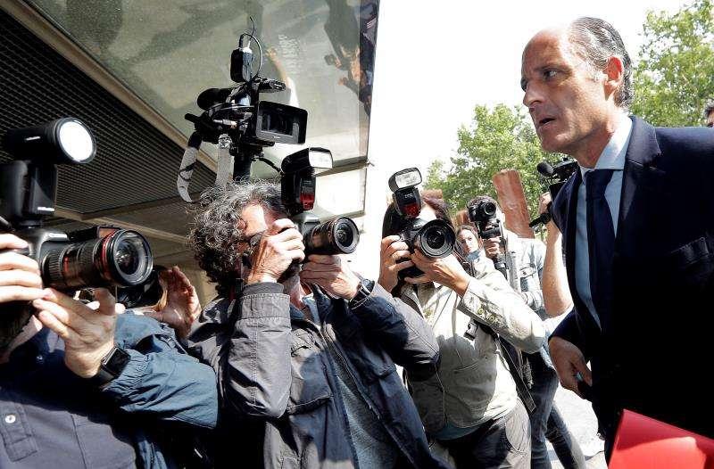 El expresident de la Generalitat Francisco Camps a su llegada a los juzgados. EFE/Archivo