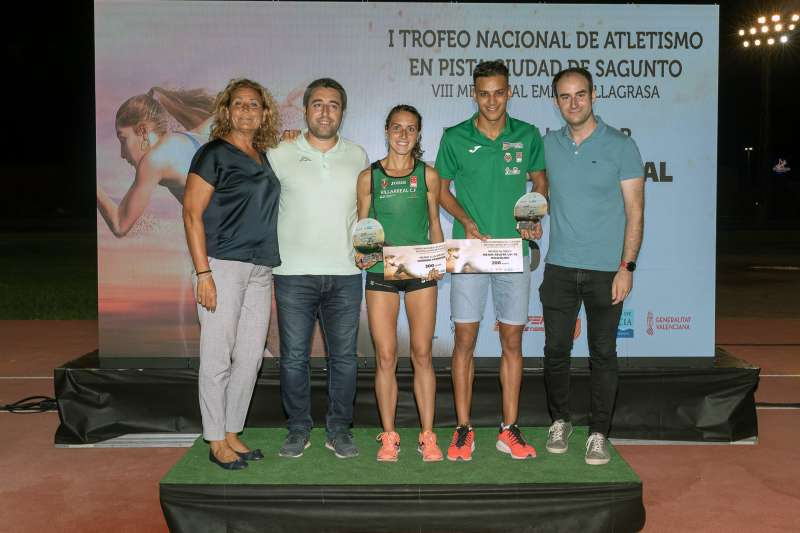 Laura Méndez i Abderrahman El Khayami, atletes locals, participaren en la proba. // EPDA