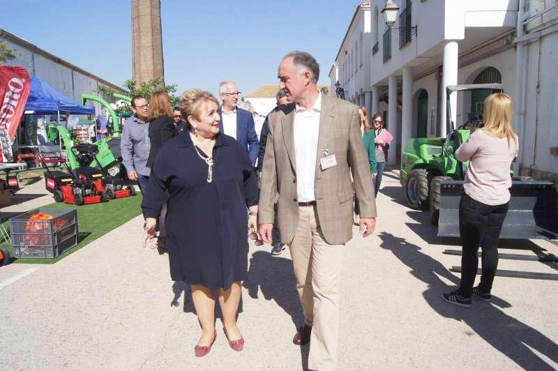 La diputada de Bienestar Social y Educación, Mercedes Berenguer, en la I Feria Agrícola