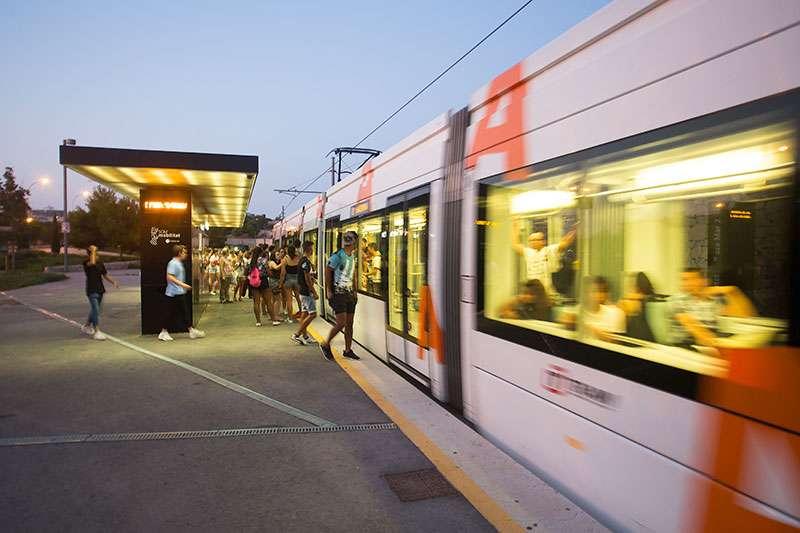 En total, serán 41 tranvías los que conectarán el centro de Alicante con los destinos habituales de las líneas y el trayecto inverso. EPDA.