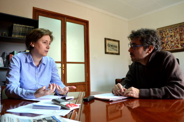 Laura Chulià nos recibe en su despacho del ayuntamiento de Benetússer. //BENETÚSSER