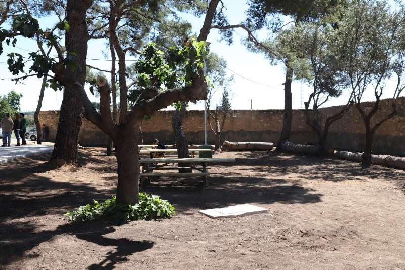 Nueva zona de recreo en el barrio de Campamento de Paterna. EPDA