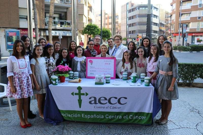 Cuestación contra el cáncer en Torrent. EPDA