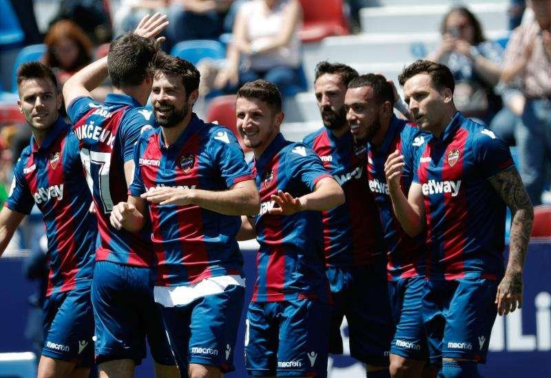 Los jugadores del Levante celebran un gol. EFE/Archivo