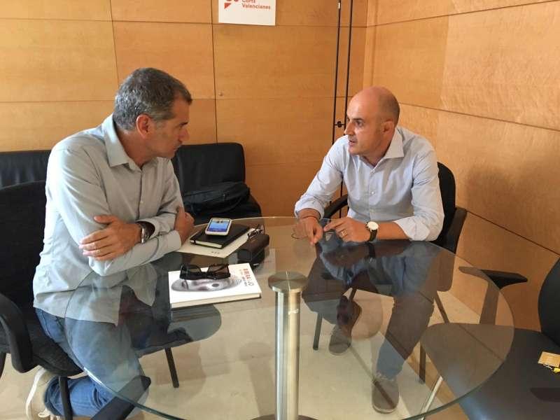 Raúl Claramonte trabajando con Toni Cantó. EPDA