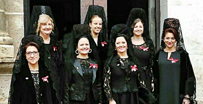 Eva Rodríguez. De izquierda a derecha, la tercera, abajo.