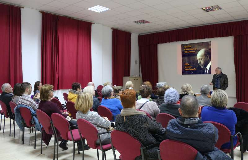 Nutrida asistencia en la Casa de Cultura. Fotos: María Martín