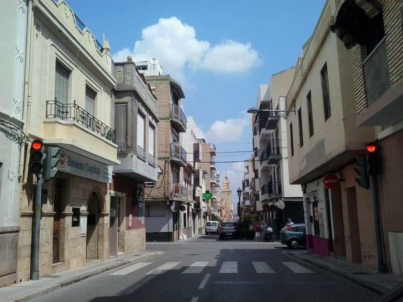 Una de las calles de Riba-roja. / EPDA